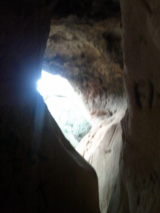 Vanaden Cave Trail - Side Cave Hole